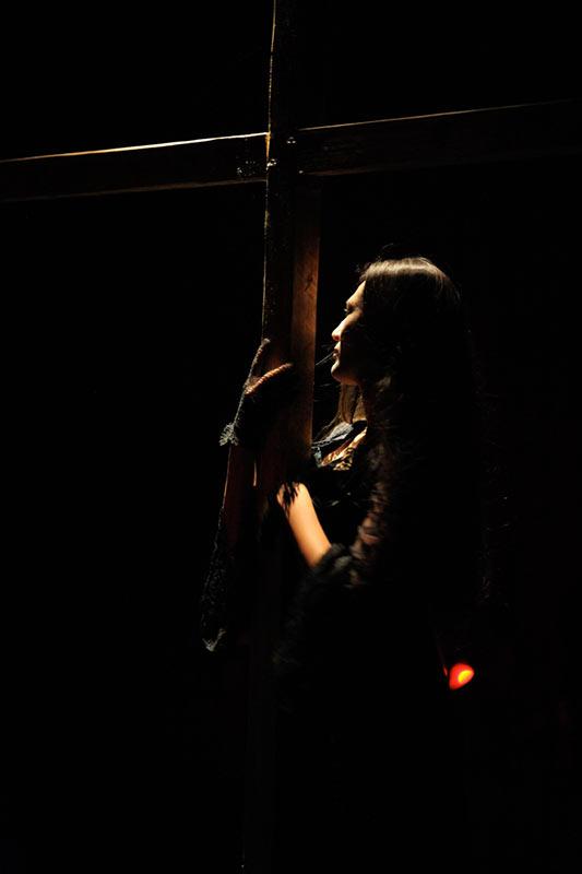 Les-Minuits-cabaret-minuits-serafine-cradula-01
