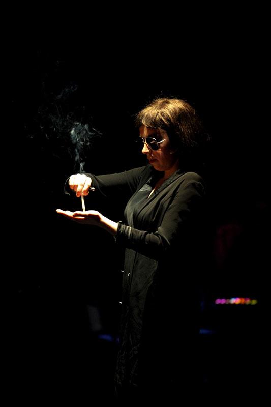 Les-Minuits-cabaret-minuits-serafine-farakiri-debut-02
