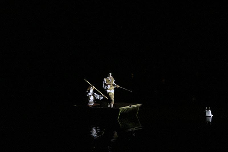 les-minuits-bcp-de-bruit-pour-antin-Barque-chasseurs