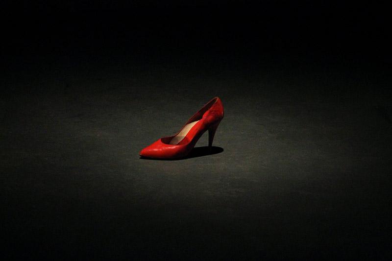 les-minuits-cabaret-chaussure