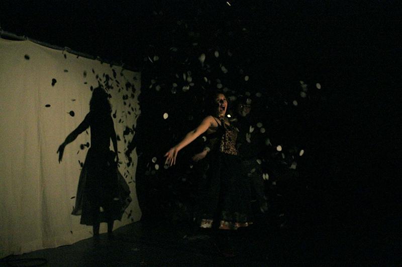 les-minuits-le-cabaret-repetitions-danse-confettis