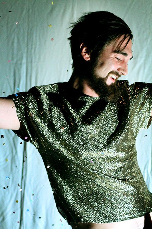 les-minuits-le-cabaret-repetitions-pailletes-confettis