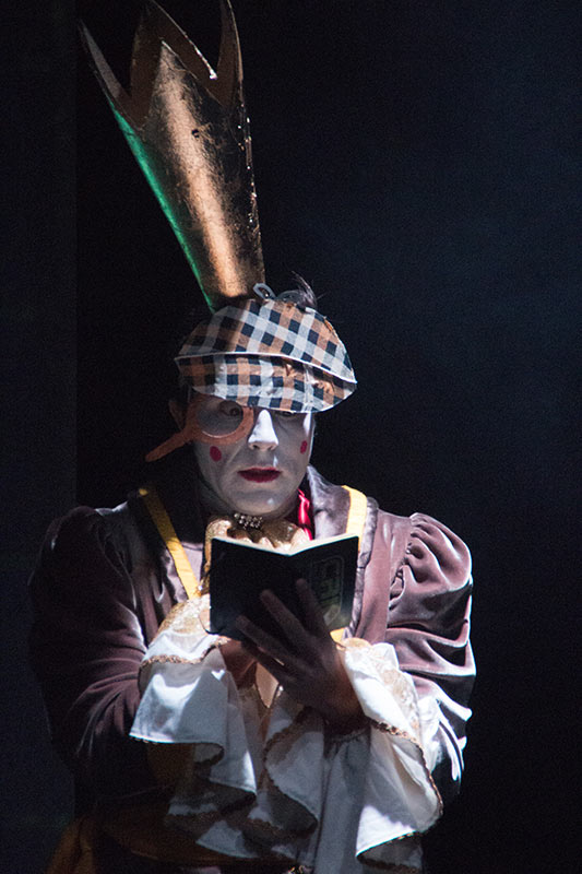 LES-MINUITS-Le-Prince-Masqué-Répétitions-avant-la-premiere-PM-enquete