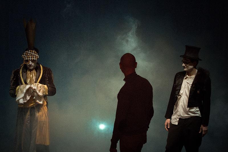 LES-MINUITS-Le-Prince-Masqué-Répétitions-avant-la-premiere-PM-et-père-Maillet