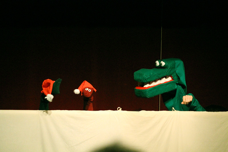 les-minuits-concert-de-noel-2014-crocodile-marionnette
