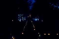 Les-Minuits-Minuit-au-chateau-chemin-de-bougies-2